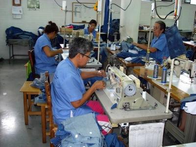Curso de Confeccion Textil  Curso de Confección Textil